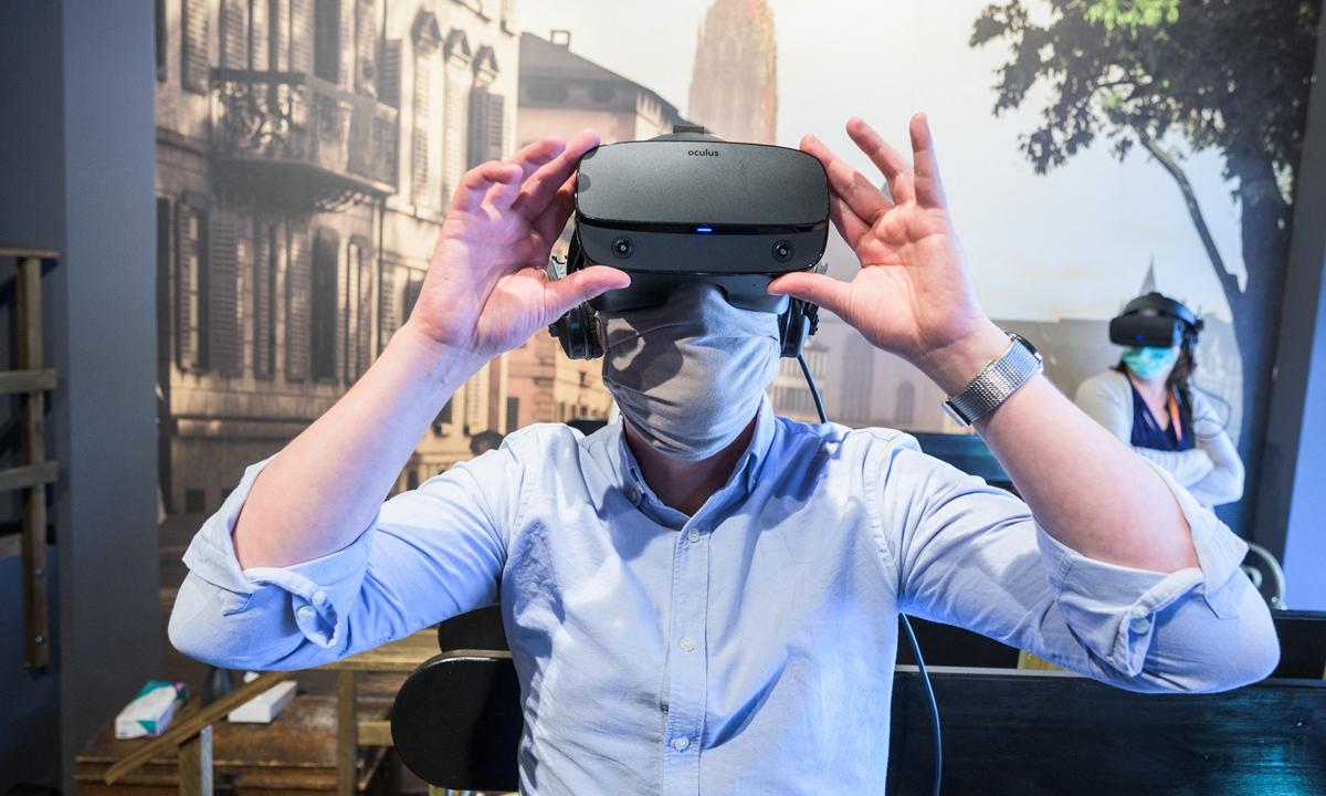 La pandemia alimenta il boom del viaggio in realtà virtuale